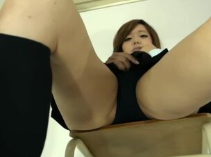 Japanese school girl upskirt